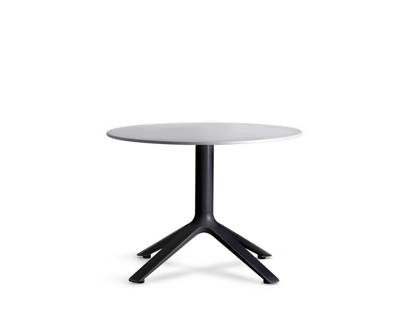 Round side table EEX | Round coffee table by TOOU