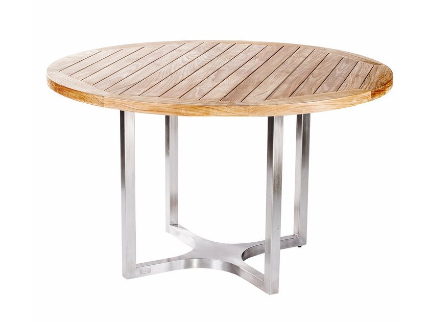 Steel and wood garden table CITYSCAPE | Round table by 7OCEANS DESIGNS