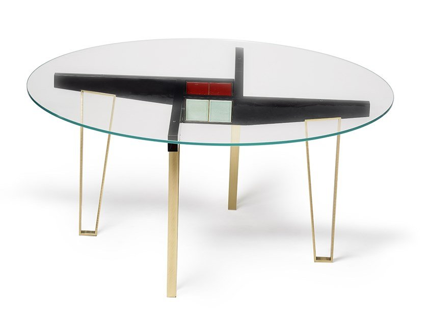 Round dining table Round table by MARIONI