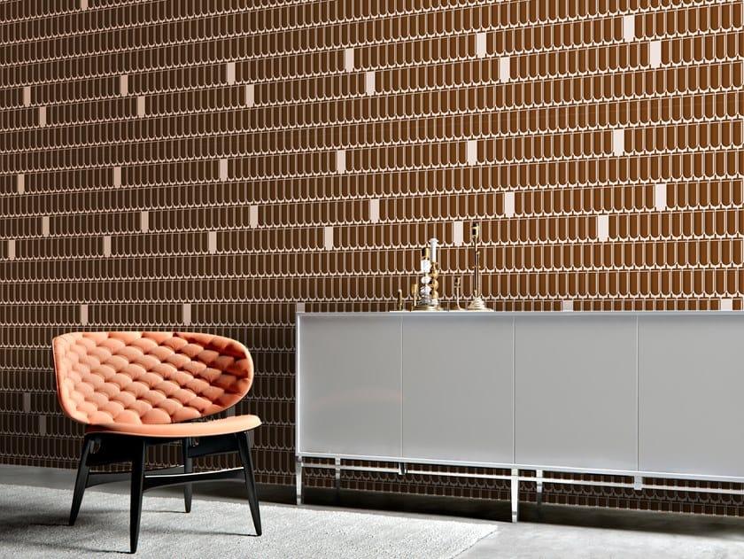 Motif vinyl wallpaper ROYAL LONG ACORN by Baboon