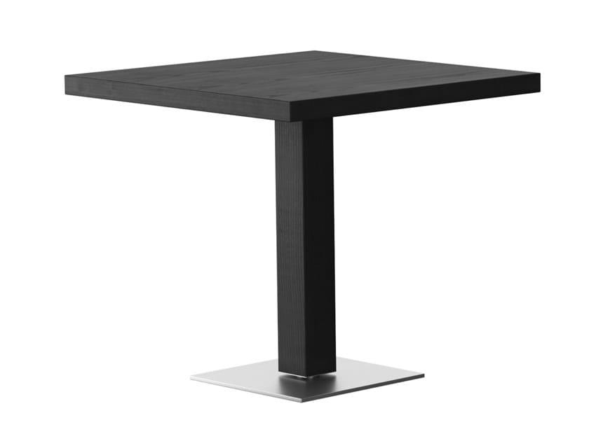 Tavolo quadrato in legno RQ | Tavolo in legno by horgenglarus