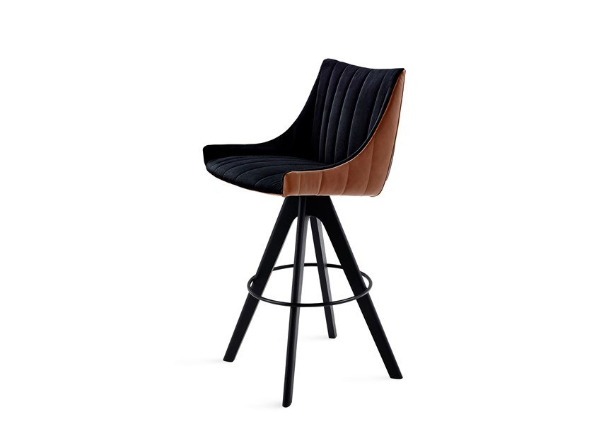 Barstool with armrests RUBIE BAR ARMCHAIR LOW by Freifrau