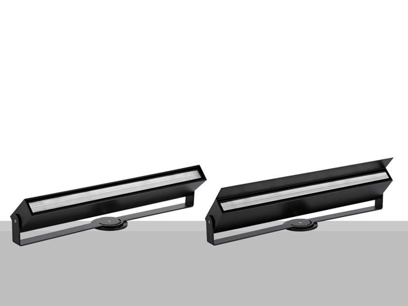 Proiettore per esterno a LED a pavimento in metallo RUNNER SCREEN by Flexalighting