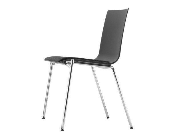 Stackable plastic chair with integrated cushion S 160 SP by Thonet