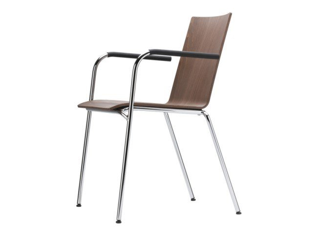 Stackable plywood chair with armrests S 162 F by THONET