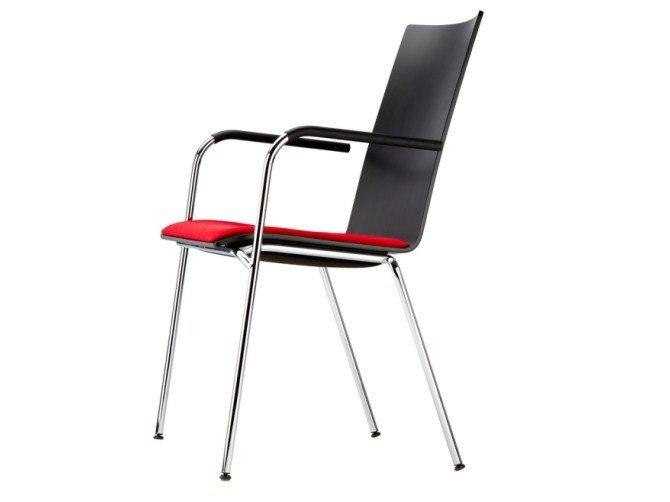 Stackable plywood chair with armrests S 164 SPF by THONET