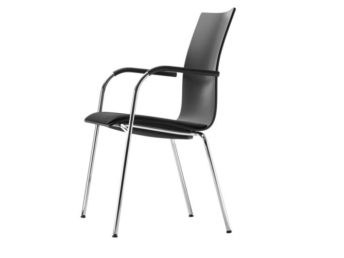 Stackable plywood chair with armrests S 168 SPF by THONET
