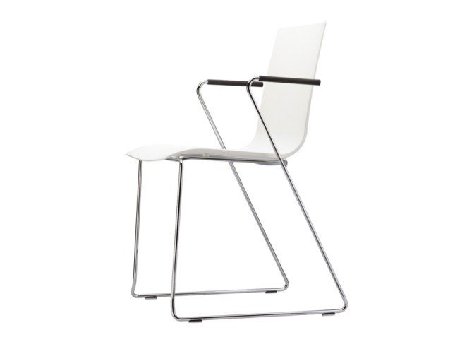 Sled base chair with armrests S 180 FST by Thonet