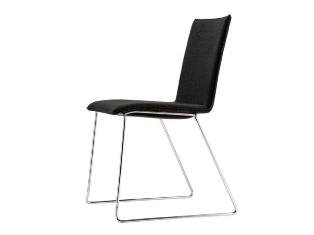 Sled base upholstered chair S 182 PVST by THONET