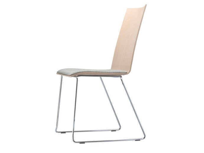 Sled base chair with armrests S 184 SPST by THONET