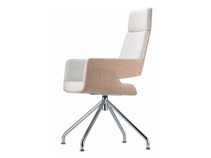 Chair with armrests S 843 E by THONET