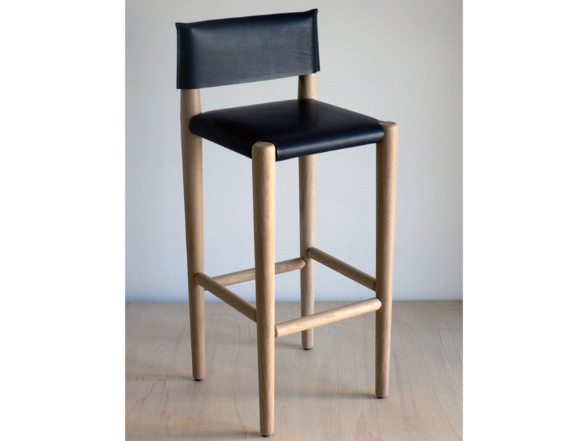 High barstool with back S1 | Leather stool by Temps Libre