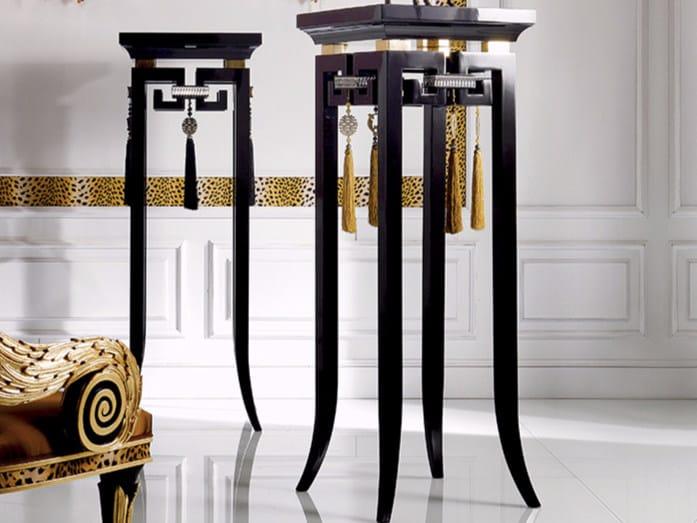 Pedestal S102   Pedestal by Rozzoni