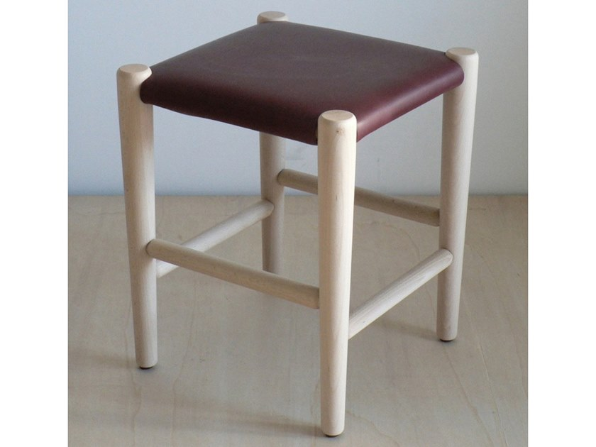 Stool with footrest S4 | Stool by Temps Libre