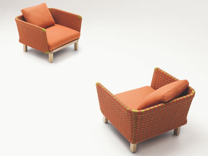 Garden armchair with armrests SABI | Garden armchair with armrests by paola lenti