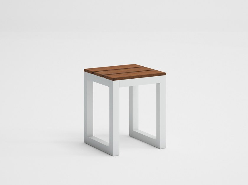 Teak garden stool SALER SOFT TEAK | Garden stool by GANDIA BLASCO
