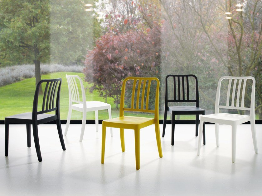 Stackable polypropylene chair SARA by IDEAS Group