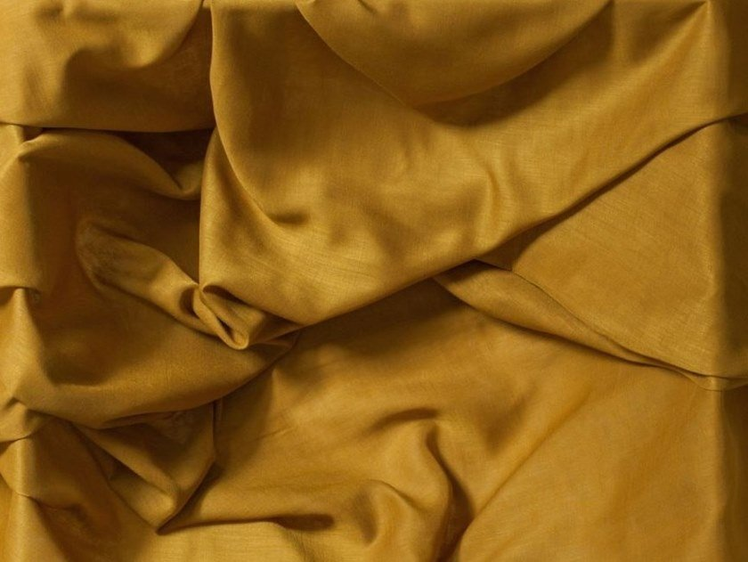 Solid-color Trevira® CS fabric SAVOY by Equipo DRT