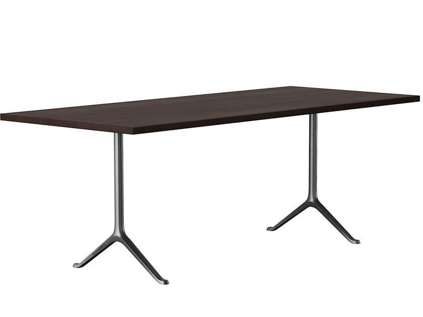 Tavolo rettangolare in legno massello SAVOY | Tavolo rettangolare by horgenglarus