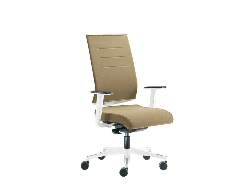 Task chair with 5-Spoke base with armrests SAX AIR | Task chair with armrests by Sesta