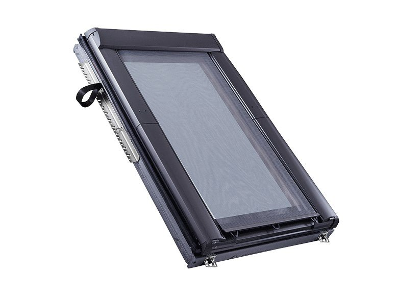 Sheer outdoor skylight shade SCREEN by Roto