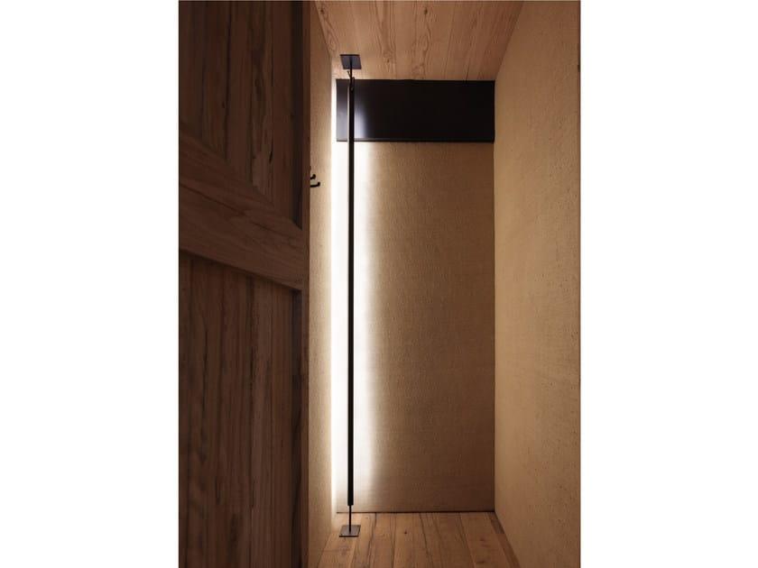 Lampada da terra a LED orientabile in alluminio SECRET by GLIP by S.I.L.E