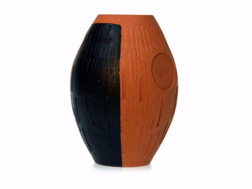 Terracotta vase SECRET II by Kiasmo