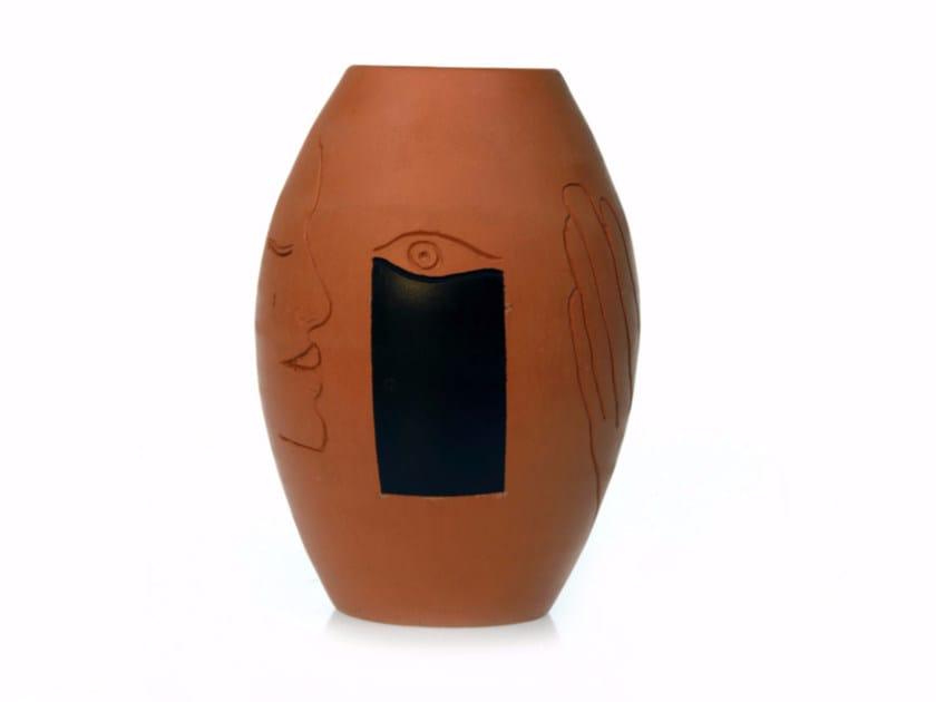 Terracotta vase SECRET VI by Kiasmo
