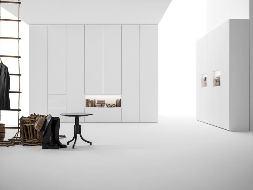 Sectional wooden wardrobe GRID | Sectional wardrobe by Caccaro