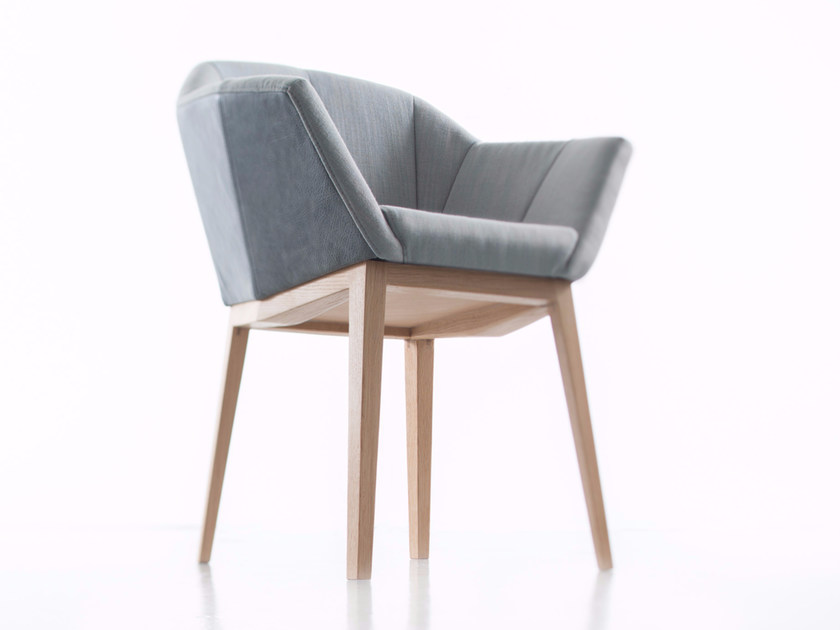 Upholstered fabric chair with armrests SEDA by conmoto