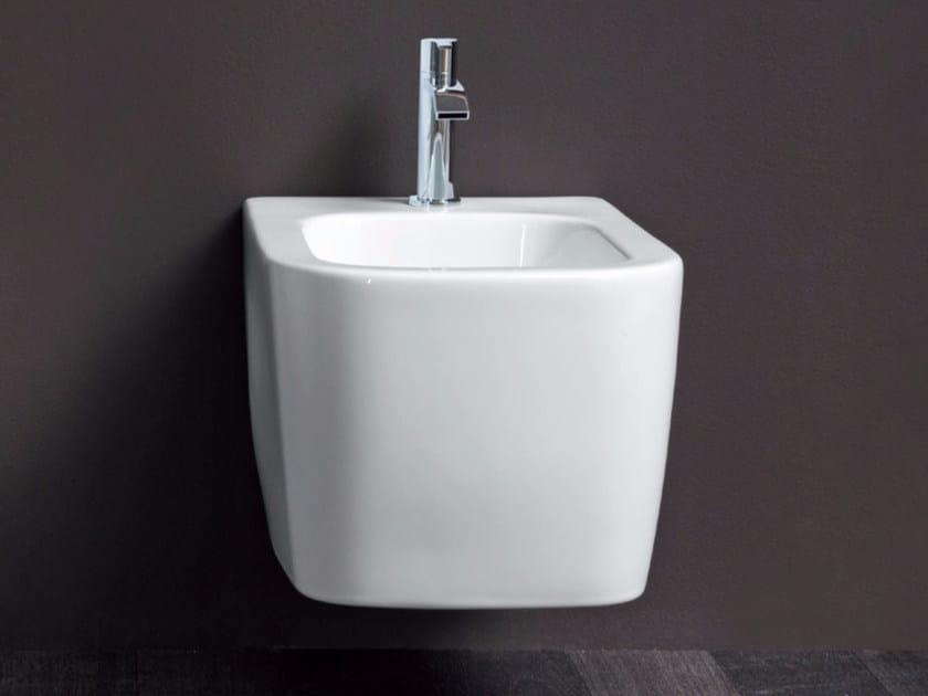 Wall-hung ceramic bidet SEMPLICE | Wall-hung bidet by Nic Design