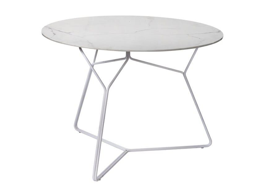 Round ceramic garden table SERAC | Ceramic table by OASIQ