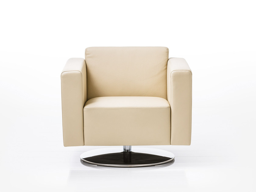 Swivel leather armchair with armrests SERGE | Swivel armchair by brühl