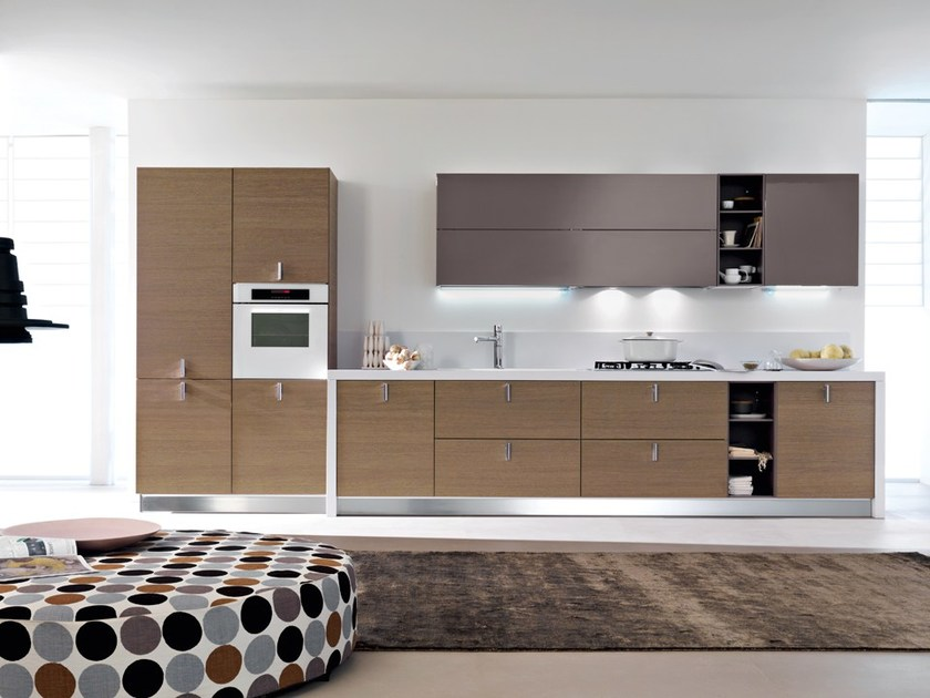 Lacquered kitchen with handles SFERA | Kitchen with handles by DIBIESSE