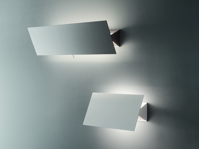 Adjustable metal wall lamp with dimmer SHADOW by Quadrifoglio