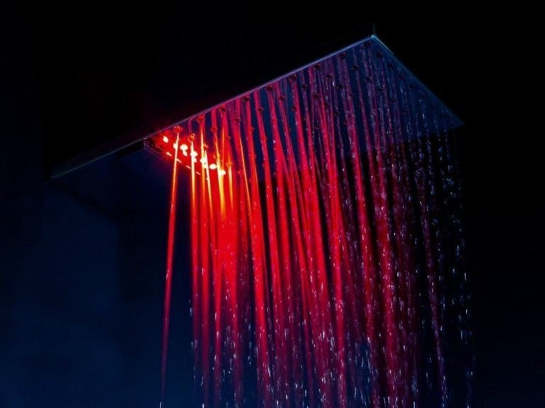 Wall-mounted brass overhead shower with chromotherapy SHARP | Overhead shower with chromotherapy by tender rain