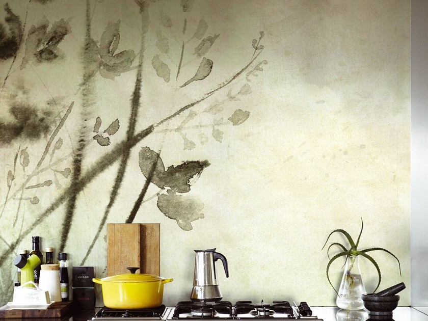 Wallpaper with floral pattern SHOKO by Wall&decò