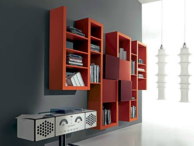 Wall-mounted lacquered floating bookcase SIDE 17 by Fimar