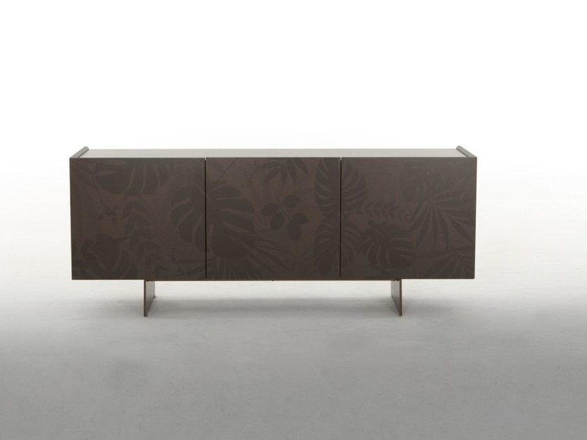 Wooden sideboard with doors KONG | Sideboard by Tonin Casa