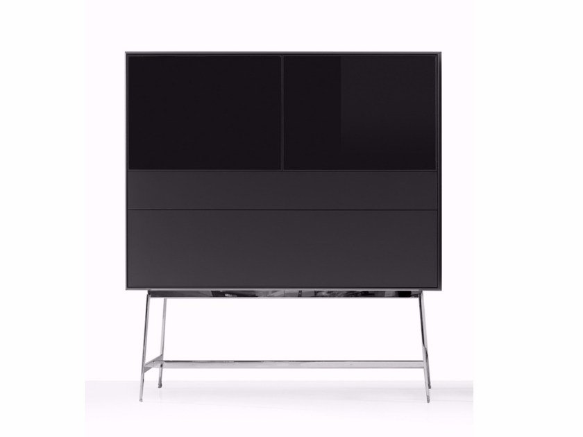 Wood and glass display cabinet S100 | Display cabinet by YOMEI