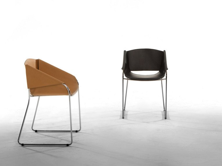 Sled base leather chair with armrests SIMPLY by Tonin Casa