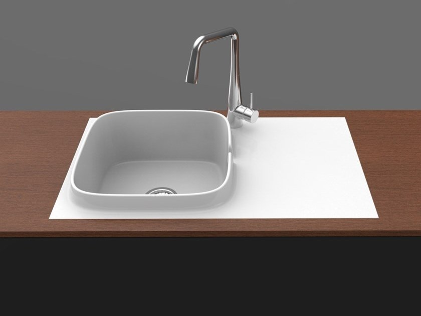 Single built-in flush-mounted ceramic sink