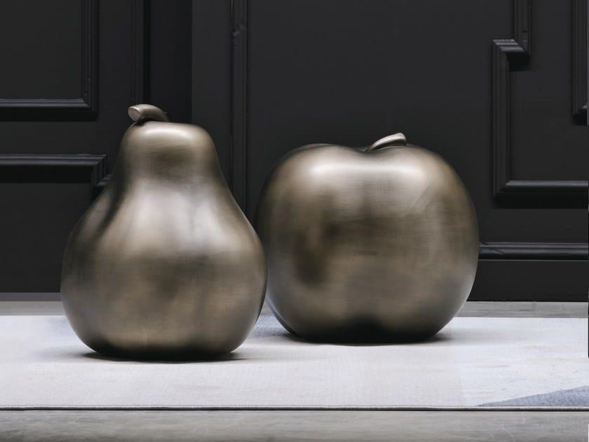 Escultura de cerâmica FRUIT by Adriani e Rossi edizioni