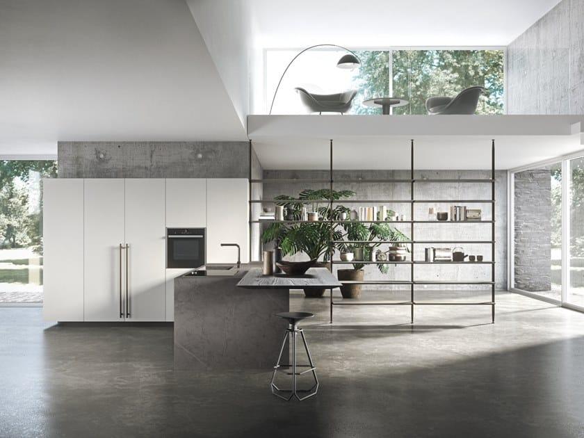 Cucina laccata in laminato con penisola SISTEMA 22.2 - AMBIENTE 01 by Alta Cucine