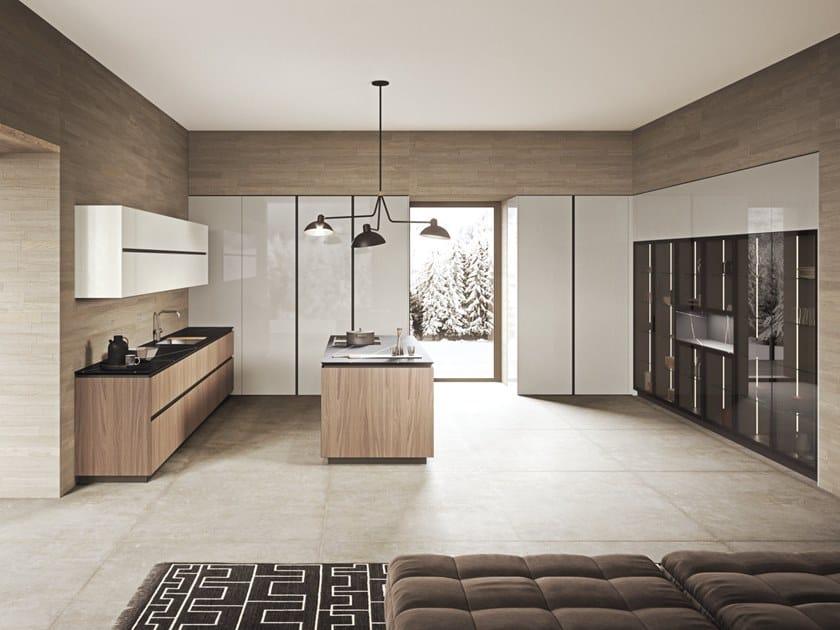 Cucina laccata in legno con isola SISTEMA 22.2 - AMBIENTE 09 by Alta Cucine
