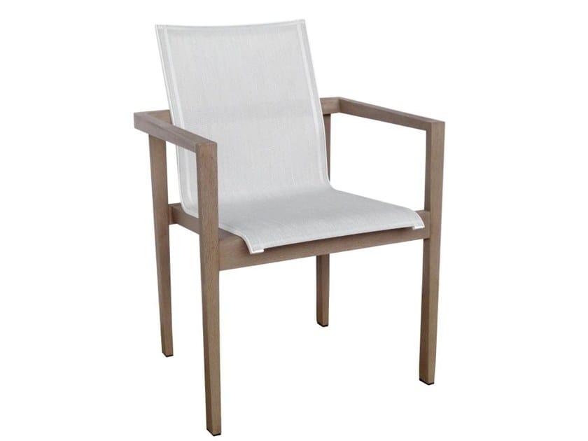 Sedia da giardino impilabile in Batyline® con braccioli SKAAL | Sedia con braccioli by Les jardins