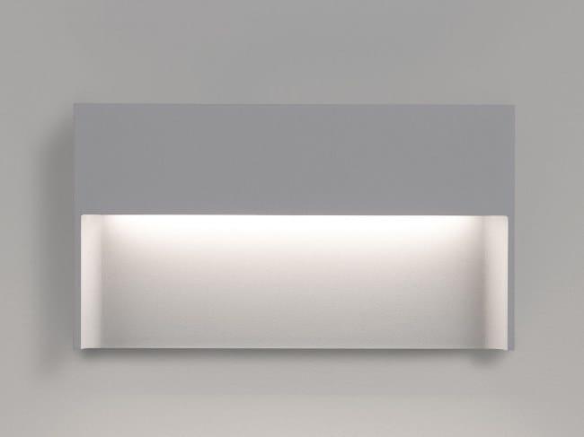 LED wall-mounted steplight SKOV M by Delta Light