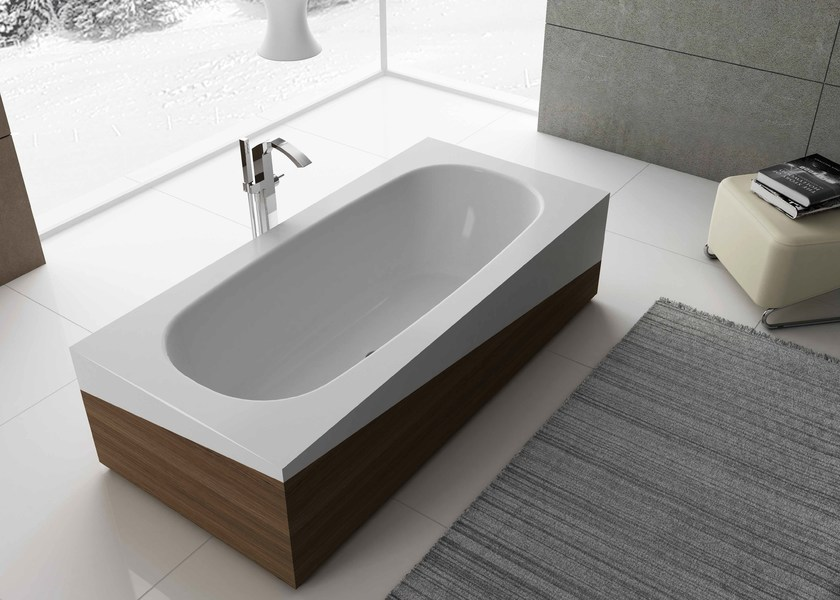 Freestanding rectangular bathtub SLED by Flora Style
