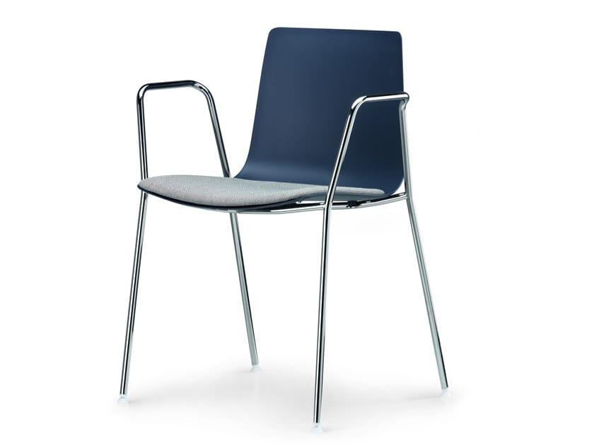 Chaise en polypropylène avec accoudoirs avec coussin intégré SLIM CHAIR 4 ARM SOFT S / 89D by Alias