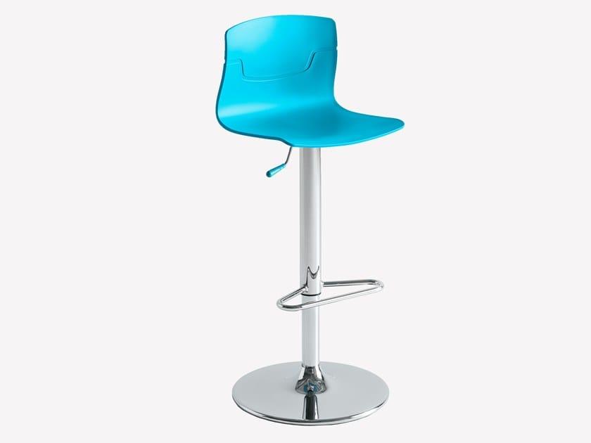 Height-adjustable technopolymer stool SLOT FILL AV by GABER